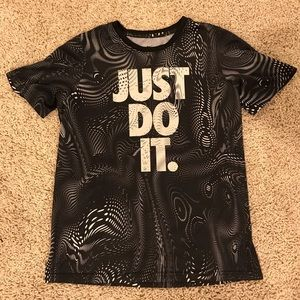 "EUC Nike Dri-Fit ""Just Do It"" Youth Boys Shirt"